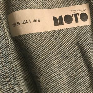 Topshop Jeans - Topshop Moto Short Overalls (Size 4)